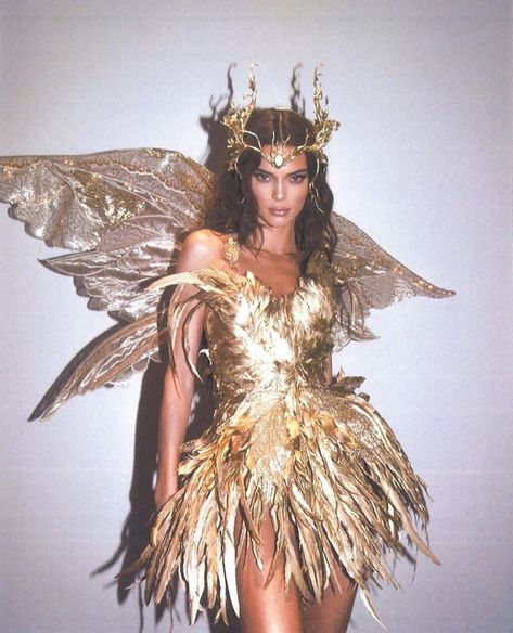 Kendall Jenner - Forest Fairy Costume for Halloween. Latest Kendall Jenner photo news and gossip. Celebrity photo news and gossip on celebxx.