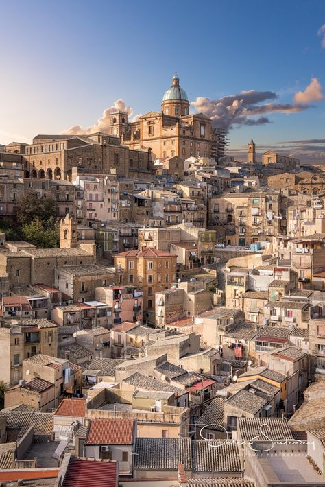 piazza armerina - When travelling to the mountainous areas of Sicily you encounter little towns where time stood still.