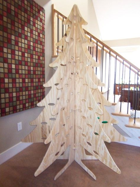 Eco Friendly Christmas Tree- never thought of it like that! :)
