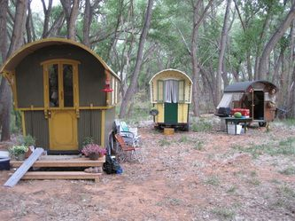 Photo gallery - A Gypsy Life.. WOW!  These are pop-up campers!!!  I want one!!!  :)