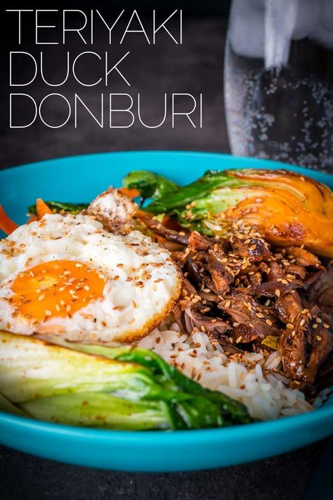 This Shredded Teriyaki Duck Donburi is a beautiful bowl of tasty goodness, slow-cooked duck leg served over rice with a host of other goodies. This is a fairly simple dinner and the result packs a real punch of flavour. #duckrecipe #ricebowlsrecipes    Spicy curries, crispy Peking duck or aromatic noodle soup: Asian food is popular. In addition to Chinese restaurants, there are now many other opportunities in larger cities to try the va... #Donburi #Duck #Krumpli #Recipe #Shredded #TERIYAKI
