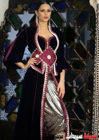 اشيك موديلات القفطان المغربي باللون الأسود سيدات مصر Moroccan Fashion Moroccan Dress Fashion