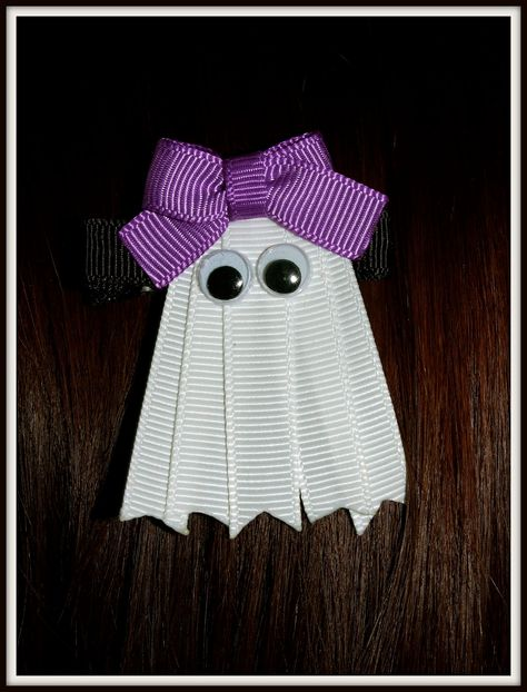 Halloween Ghost Ribbon Sculpture Hair Clip by dona Halloween Ribbon, Halloween Ghosts, Halloween Cards, Holidays Halloween, Happy Halloween, Halloween Hair, Halloween Clothes, Costume Halloween, Holiday Crafts
