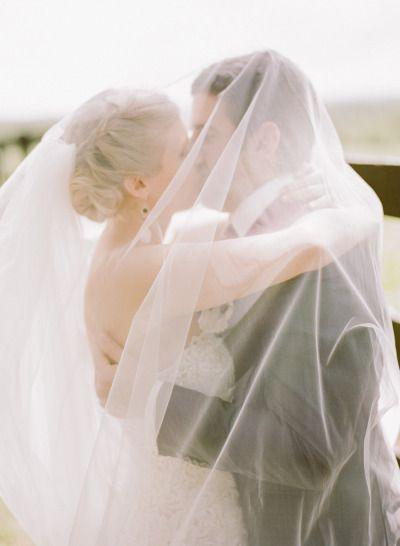 Cozy Hudson, NY Barn Wedding: http://www.stylemepretty.com/2014/09/12/cozy-hudson-ny-barn-wedding/ | Photography: Rebecca Yale - http://rebeccayaleportraits.com/home