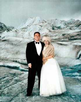 How About Getting Married On A Glacier In Alaska As Part Of Cruise Amazing Unique Venues Pinterest Destination Weddings And Wedding