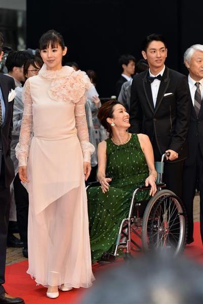 東京国際映画祭 華やかに幕開け 11月3日に授賞作品発表 ドレス フォーマルドレス ウェディングドレス