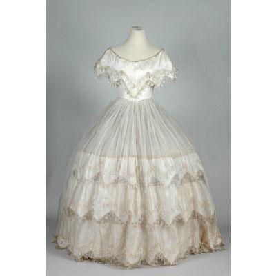 evening dress 1855-1860