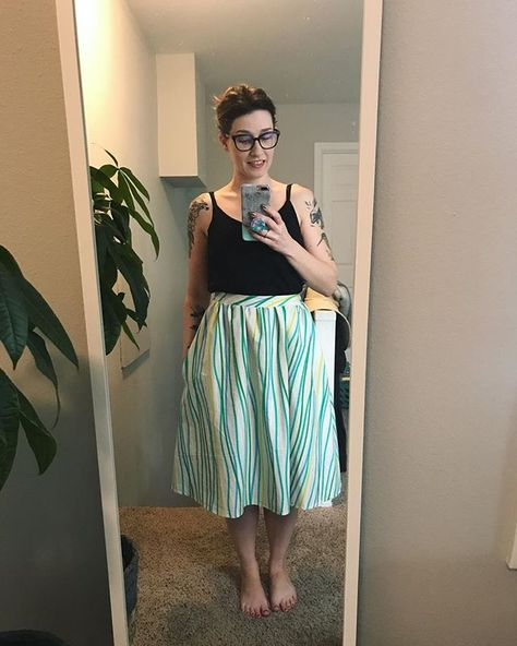 """Help I think I'm addicted to making @seamworkmag Jenna skirts 🤷🏻♀️! I added 8"""" length this time for a nice midi with this @cottonandsteel…"""