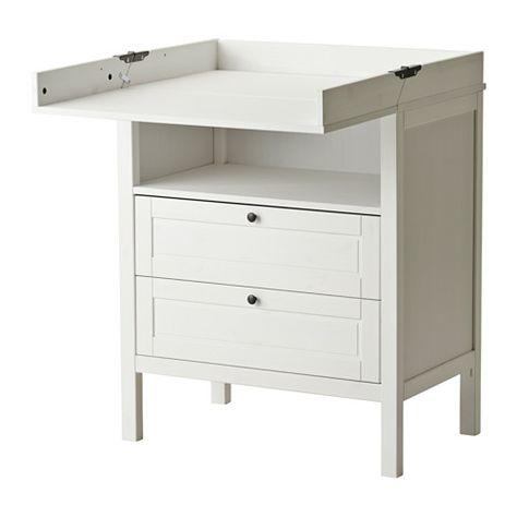 SUNDVIK Wickeltisch/Kommode IKEA Der Wickeltisch kann auch als Kommode genutzt werden, wenn dein Kind nicht mehr gewickelt werden muss.