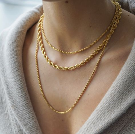 Vintage inspired gold plated jewelry to elevate the every day Chunky Chain Necklaces, Rope Necklace, Necklace Lengths, Chain Jewelry, Delicate Necklaces, 90s Jewelry, Gold Necklaces, Gold Jewelry, Jewellery