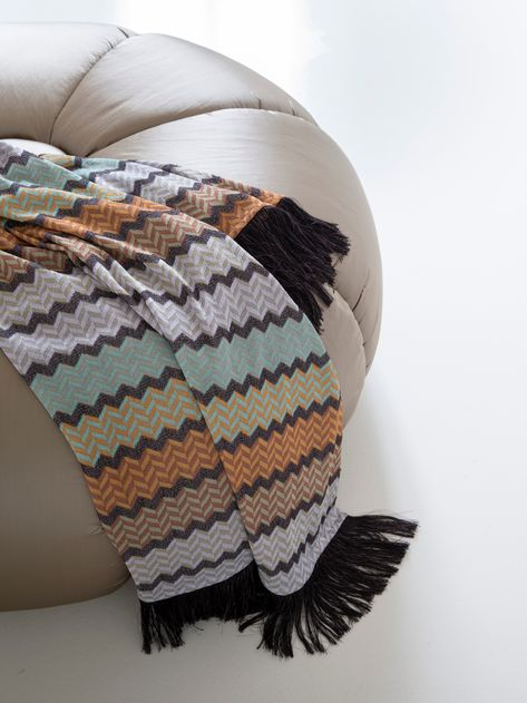 Multicoloured Zig Zag Pattern Italian Boho Style Sofa Bed Armchair Throw Blanket