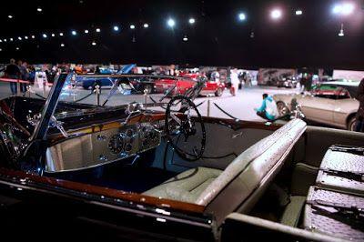 بالصور سيارة سباق نادرة بقيمة 15 مليون دولار في السعودية موسم الرياض ديلاهاي 1936 In 2020 American Classic Cars American Classic Classic Cars