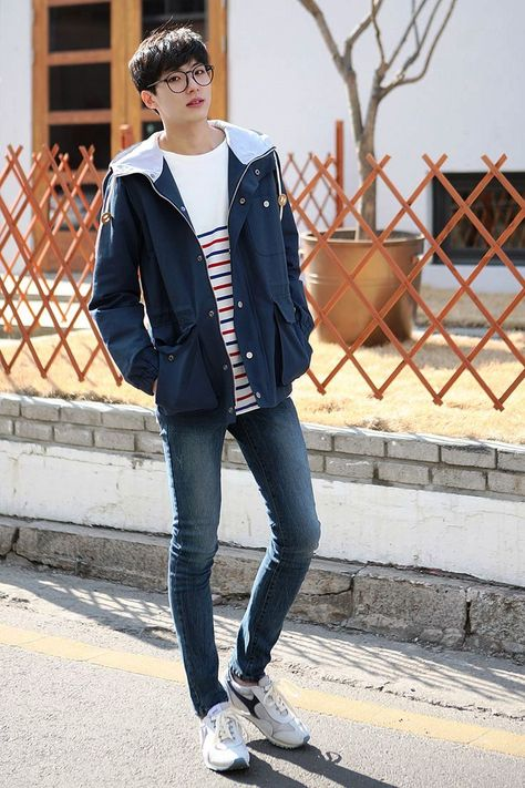 """Korean style is a tricky style for man to wear. Korean style requires perfect fitting and proper matching shoes. Koreans have amazing style of fashion. So here we bring you wonderful Korean style outfit for men. Checkout """"25 Superb Korean Style Outfit Ideas For Men To Try"""""""