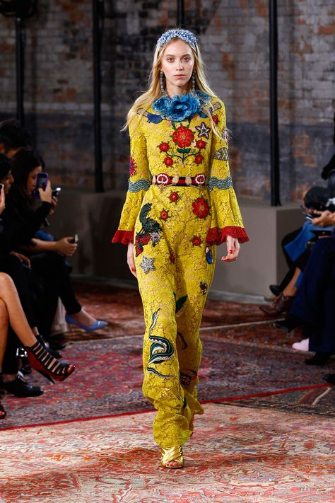 See the Gucci resort 2016 fashion show.