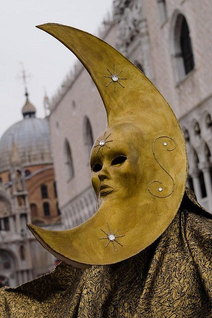 Moon Mask at the Venice Carnival. The Carnival of Venice is an annual festival, held in Venice, Italy. The Carnival ends with Lent, forty days before Easter on Shrove Tuesday (Fat Tuesday or Martedì Grasso), the day before Ash Wednesday. Sun Moon, Stars And Moon, Mardi Gras, Costume Venitien, Es Der Clown, Carnival Of Venice, Venice Carnivale, Venetian Masks, Performing Arts