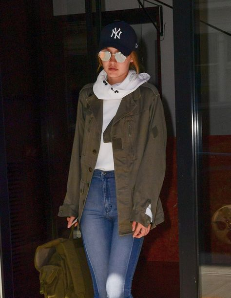 Pin for Later: If You Think Gigi Hadid's Outfit Is Simple, Just Wait Until You See It From the Back She Completed the Personalized Look With a Yankees Cap and Mirrored Shades