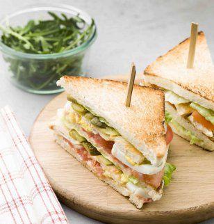 Club sandwich royal au poulet / Chicken sandwich