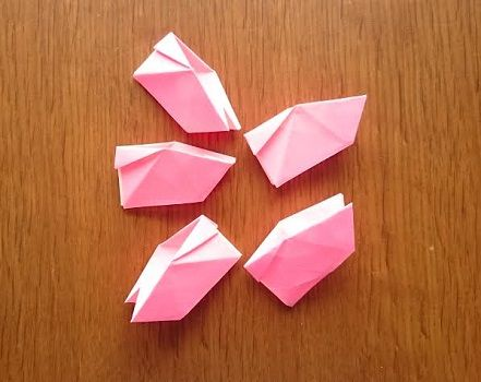 折り紙で器にもなる桜 さくら の立体的で簡単な折り方 作り方 折り紙の花 折り紙 花 折り紙 折り紙 花 折り方