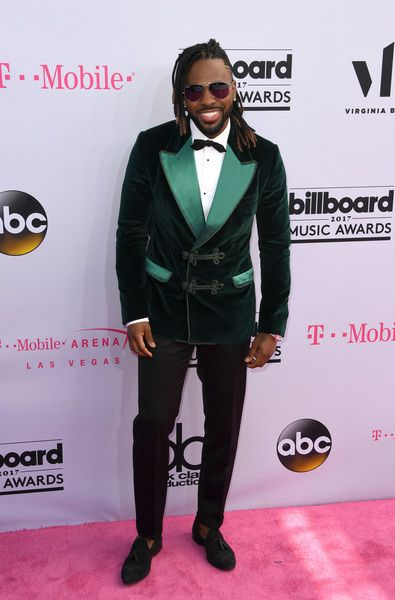 Jason Derulo - The Most Interesting Looks on the 2017 Billboard Music Awards Red Carpet - Photos