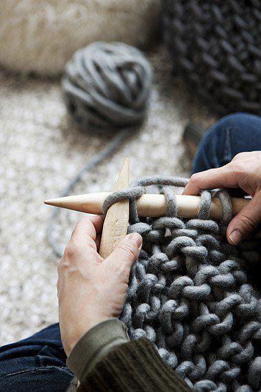huge knit! aguilha e lãs gigantes!