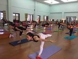 Yoga Classes For Beginners Near Me Yoga Classes Near Me Yoga Classes Online Free Community Yoga Cl Online Yoga Classes Free Yoga Classes Beginner Yoga Class