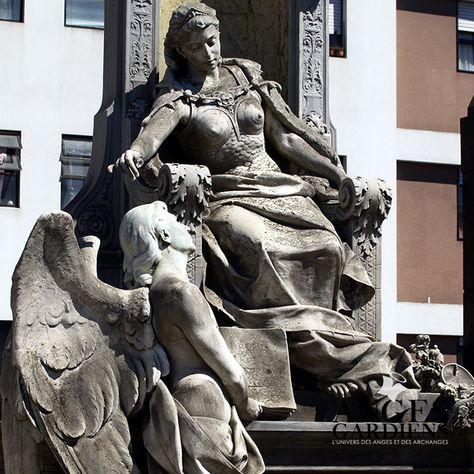 Photo d'ange gardien http://www.angesgardiens.net/le-nom-des-anges-les-72-anges-de-la-kabbale/  #ange #anges #angesgardiens #angegardien #ange_gardien #angel #angels