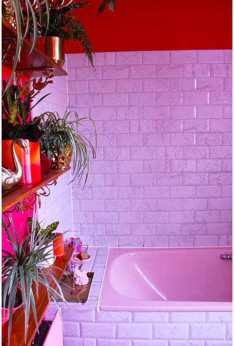 Location house in Margate, designed and curated by set designer and art director Amy Exton. Available to hire for interior, fashion, music and commercial photoshoots and events. Pink Tiles, Hotel Interiors, Classic Interior, Aesthetic Rooms, Dream Decor, House Colors, Decoration, Diy Home Decor, Sweet Home