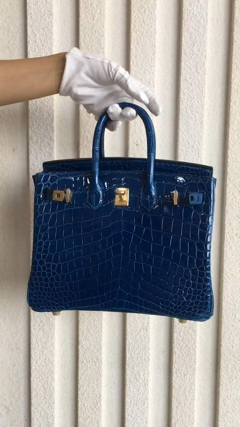 Alligator Top Handle Padlock Bags