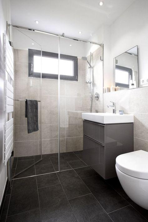 Badfliesen Ideen Kleines Bad In 2020 Badezimmer Fliesen Ideen