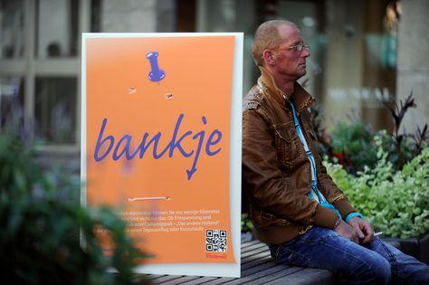 """""""bankje (dt. Bank)"""" Spielend leicht Niederländisch lernen und in der holländischen Grenzregion direkt anwenden. Das andere Holland, so nah, so einfach, so spontan.  #holland #urlaub #niederlande #ferien #familienurlaub #ausflug #kurzurlaub #postit #essen #dasandereholland"""