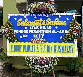 Finaz Florist Adalah Toko Bunga Khas Kuningan Yang Memberikan Ciri Khas Rangkaian Bunga Di Kuningan Jawa Barat Toko Bunga Bunga Bunga Kuning