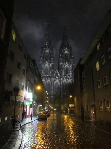 Late Night Street to Cologne Cathedral ~ Germany
