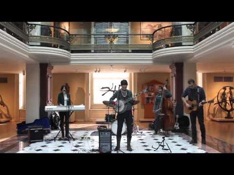 On the Go: Luce Unplugged with Luray - YouTube