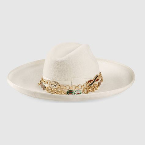 fc4dd7a4a GUCCI ONLINE EXCLUSIVE GG FEDORA HAT WITH SNAKESKIN. #gucci   Gucci ...