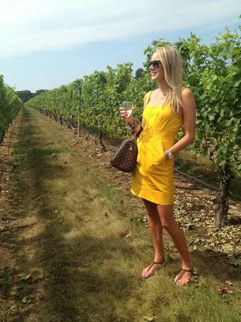 Big City Farm Girl: wine tour outfit: the summer bright