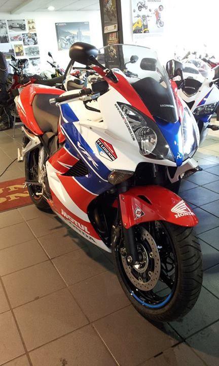 Honda Vfr800 Tt Legends Livery Motorcycles I Like Pinterest