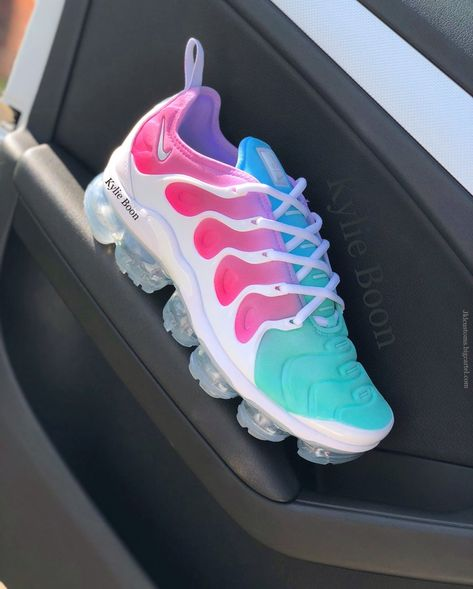 d816f597c2 Image of Size UK 7 (USA 8) Ready to ship VaporMax Plus.