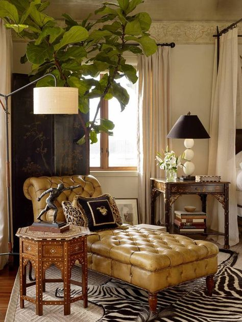 Home Furnishings: British Colonial corner with chaise longue. West Indies Decor, West Indies Style, British West Indies, My Living Room, Living Spaces, British Colonial Decor, Colonial Home Decor, Colonial India, Traditional Bedroom