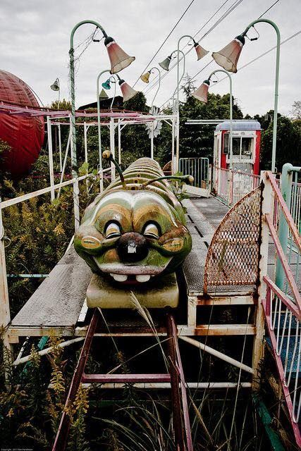 Dismaland Banksy S Bemusement Theme Park Ghost Town Travels Abandoned Amusement Parks Abandoned Theme Parks Abandoned Amusement Park