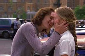 """17 Totally Random Things You Never Noticed In """"10 Things I Hate About You"""""""