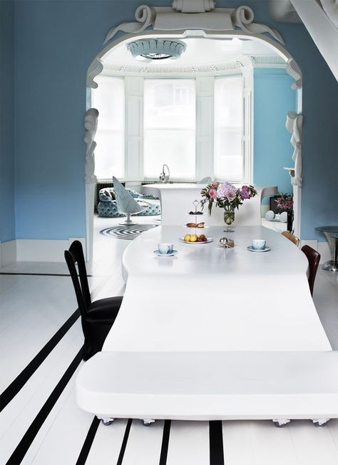 The London Home of Designer Danielle Moudaber   http://www.yatzer.com/danielle-moudaber-london-home photo © Moon Ray Studio.