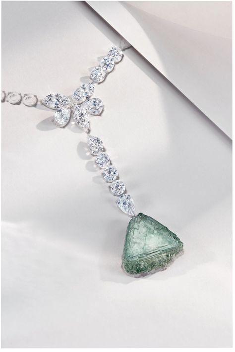 Haute Joaillerie De Beers De La Fleur De Lotus Au Diamant