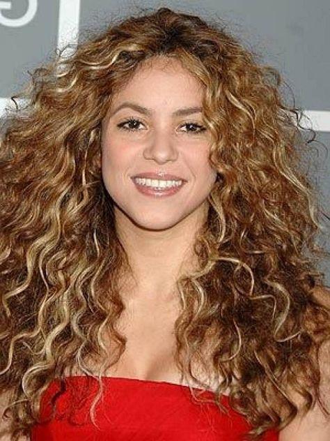 Langes Lockiges Haar Schnitte Lange Frisuren Frisuren