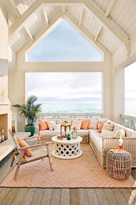 Boho Home Decor Trend alert! This will be the hottest color in outdoor design this summer.Boho Home Decor Trend alert! This will be the hottest color in outdoor design this summer. Tyni House, House Rooms, Home Design, Dream House Design, House Interior Design, Beach Hut Interior, White House Interior, Modern Design, Gazebos