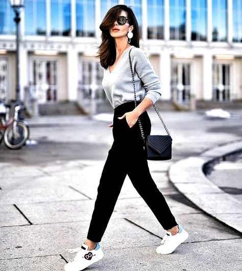 27 Trendy Spring Outfits Ideas For Women #SPRINGOUTFITS #SPRINGOUTFITSWOMEN #WOMENSPRINGOUTFITS