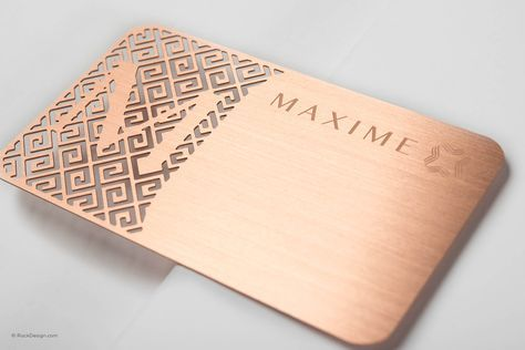 Luxury Rose Gold Metal Business Card With Brushed Finishing Maxime Rockdesign Luxury Bus Printing Business Cards Metal Business Cards Luxury Business Cards
