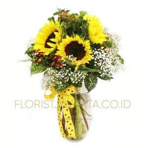 Selling Sunflower Bouquet in Pekojan, West Jakarta, Sunflower Plants