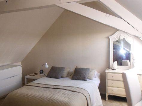 Chambre beige et blanche : La maison d\'Anne, une ancienne ferme à la ...
