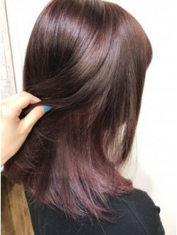 ベリーピンクインナーカラー 髪 色 ヘアスタイリング インナーカラー