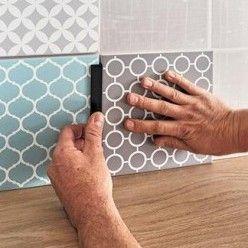 Poser Un Carrelage Au Mur Avec Un Film Adhesif En 2020 Film Adhesif Parement Mural Et Carrelage